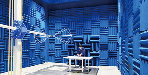 我司自主建造的产品评估测试设施 京都技术中心-电波暗室